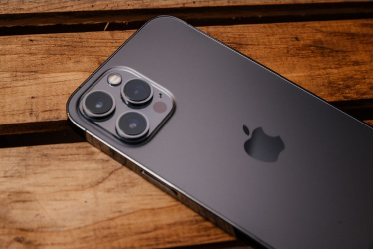 iPhone 13 to feature 'refined matte back'