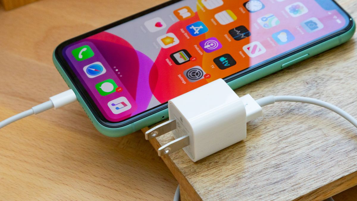 apple charger controversy