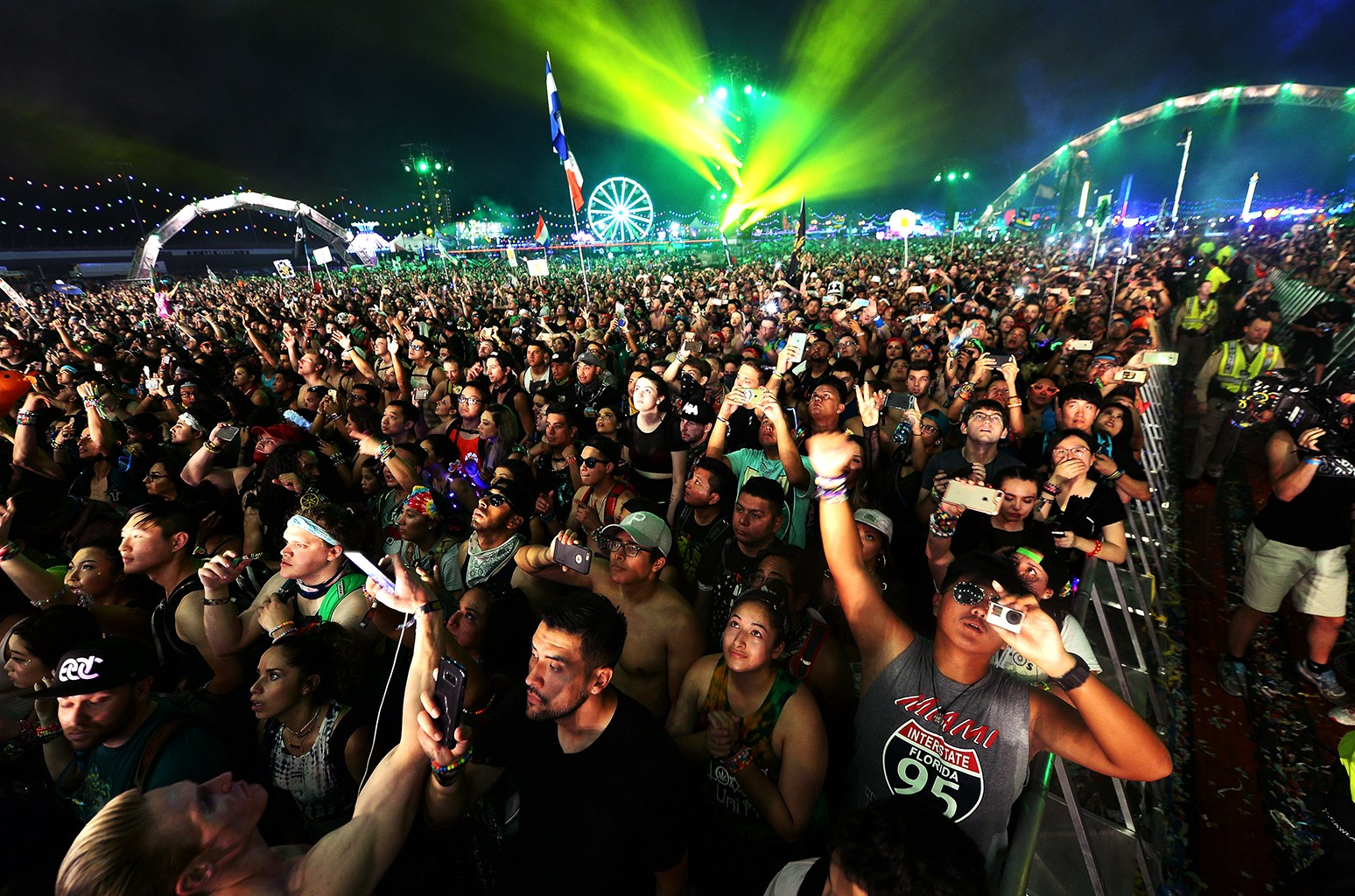 electric daisy carnival finally scheduled for may 2021, date and all detailed information !