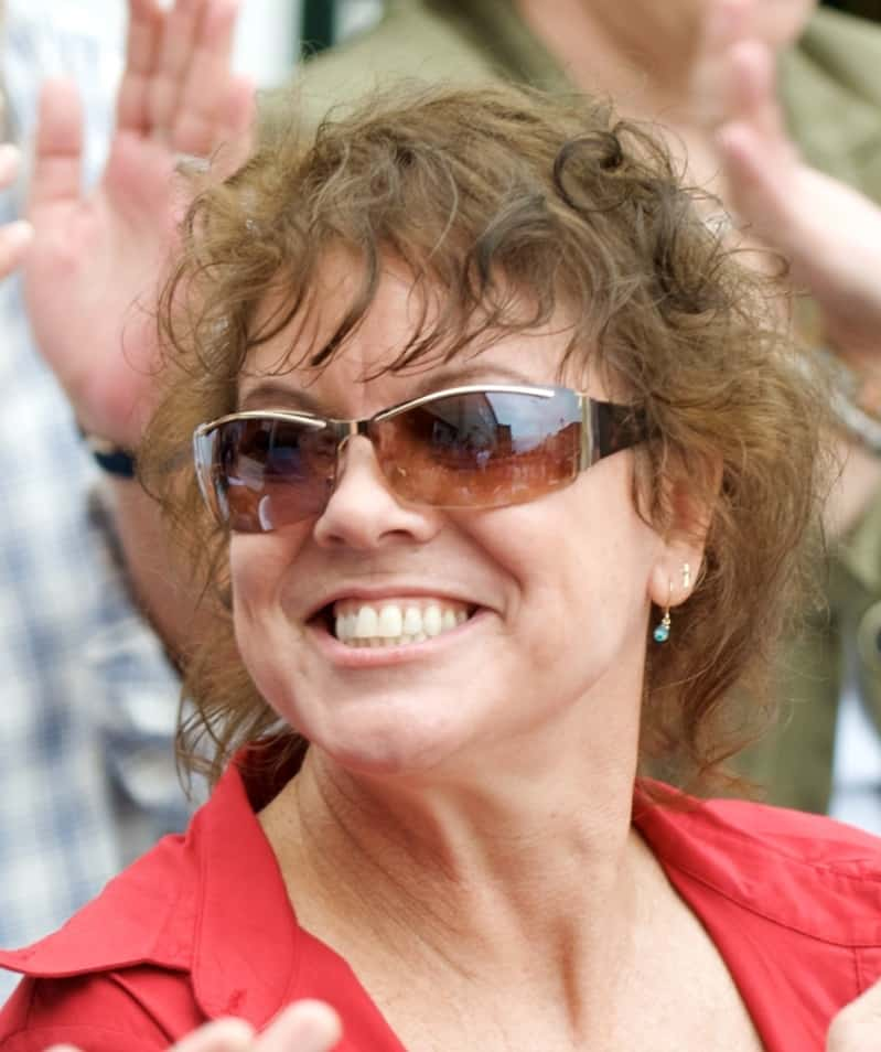 American Actress known profoundly For playing Joanie Cunningham Died in Erin Moran Home