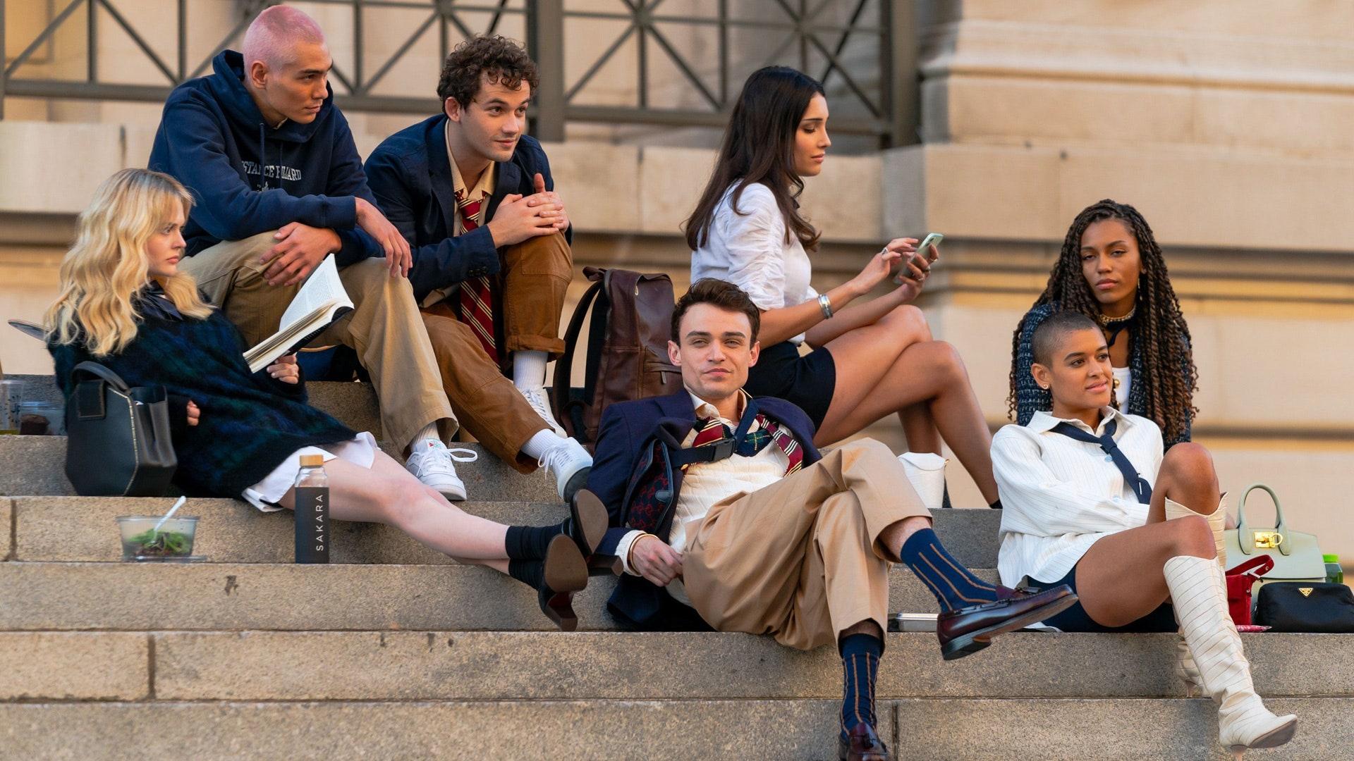 Gossip Girl Hamptons Cast And Production